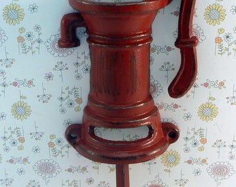Water Well Pump Cast Iron Industrial Wall Hook Heritage Red Shabby Style Chic Man Cave Leash Jewelry Coat Hat Keys Bathroom Key Towel Hook