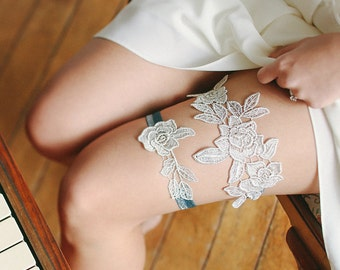Silver lace wedding garter, silver bridal garter, gift for her, bridal gift - style 495