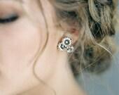 "Vintage style floral cluster earrings ""Grace"""