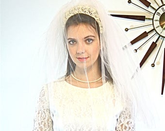 Vintage 60s Wedding Veil MAD MEN White Tulle Double Netting lace flower Head Band 1960s Floral Bridal Veil medium  length