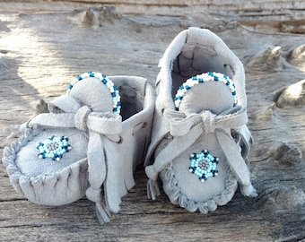 Baby Moccasins By Desi, Beaded, Gray Blue Deerskin Leather, Soft Soled Shoes, 3-6 months 2.5 US size, Boy First Easter Booties, Shower gift