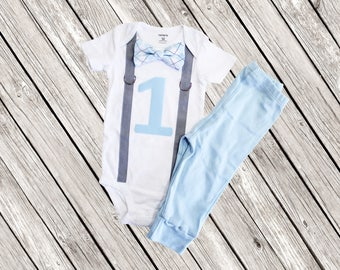 Cake Smash Outfit Boy, Blue Cake Smash Set, Baby Boy 1st Birthday Outfit, light blue Bow tie and gray suspenders, grey, pants, argyle,