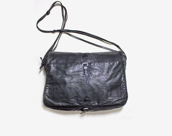 Vintage Leather Messenger / Messenger Bag / Leather Saddle Bag / Black Leather Briefcase / Italian Leather Bag