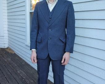 70s Mens Suit Blue Pinstripe Retro 3 piece Vintage 80s 39 R Wedding Formal