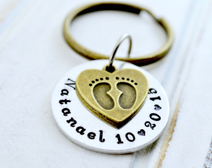 Personalized Footprint Keychain, Gift For Grandma, Grandma Keychain, Nana Key Chain, New Baby KeyChain, Grandmothers Keychain, Gift for Nana