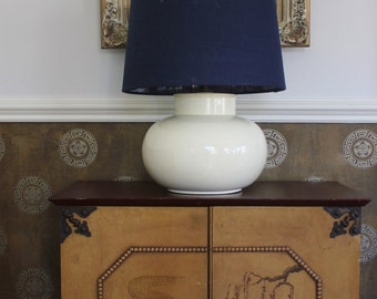 Short Wide White Lamp