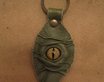 Grichels leather leaf keychain - leafy green with gold speckled slit pupil reptile eye