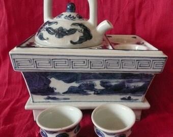 Set  for Sake with termotank Porcelain Blue  White china