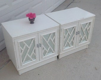 FAUX BAMBOO CHIPPENDALE NIGHTSTANDs / Pair of Vintage Chinese Chippendale Nightstands / Omega Faux Bamboo Nightstands at Retro Daisy Girl