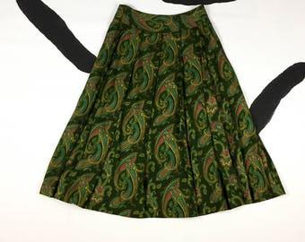 "80's dark green paisley printed full skirt 1980's pleated long mid calf length rayon urban safari skirt / Liz Claiborne / 28"" waist size 10"