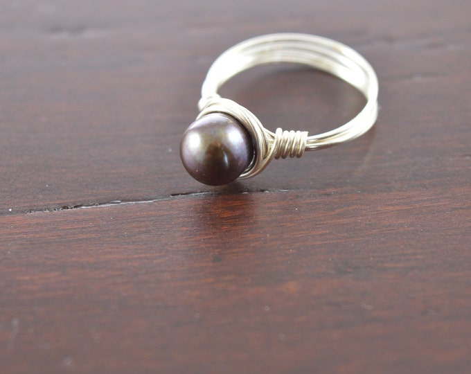 Pearl Wire Black Birthstone Ring