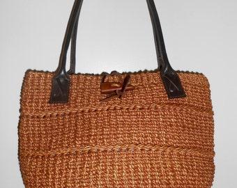 Vintage 1970s handmade woven basket market bag w/ leather straps