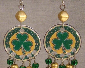 Celtic Shamrock Dangle earrings - St. Patrick's Day Jewelry - Green and Gold Jewellery