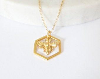 Honeycomb and Bee Charm Necklace  - Honeycomb charm - Silver Honeycomb Pendant - Bee Necklace