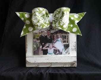 Barnwood Frame / Handmade Frame / Frame with Bow / Mothers Day / Spring / Green and White / Damask / Polka Dot / Graduation
