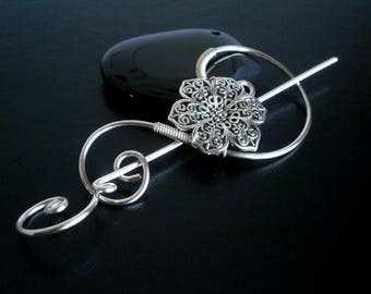 Flower Brooch pin, Shawl Pin, Scarf Pin, Sweater Brooch, Knitting Accessories, Silver Wire pin