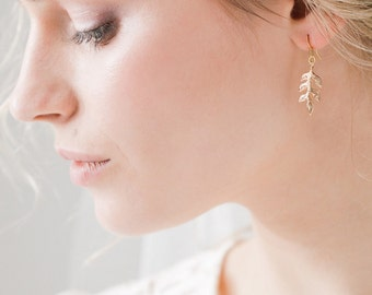 Gold leaf earrings, Gold leaf wedding earrings, gold leaf bridal earrings