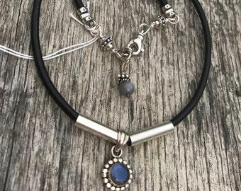 Leather boho Style Pendant Necklace - Sterling Silver - Labradorite Pendant - Artisan Sundance Style Jewelry Handmade