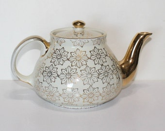 Vintage, Hall Off White and Gold Floral, 6 Cup Teapot