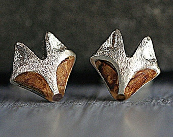 Tiny sterling & wood fox stud earrings. Fox face, brushed silver and oak wood. 925 earring studs for her. Woodland fox jewelry.