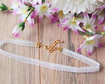 Dainty white lattice lace choker necklace | Bohemian boho festival jewelry | Romantic choker | Delicate choker | White lace choker |