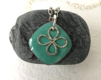 sterling clover enamel necklace, sea foam green enamel hammered silver clover pendant, enamel pendant, enameled necklace, enamel jewelry,