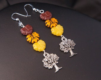 Falling Leafs Earrings, Tree Earrings, Leaf Earrings, Canada Day Earrings, Maple Leaf Earrings, Maple Earrings, Fall Leaves Earrings