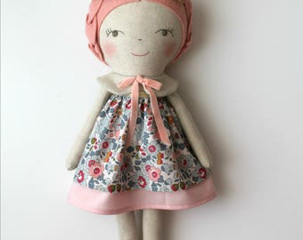 Dusty pink & gold doll. Rag doll. Linen and cotton handmade doll. Gift ideas for girls. Nursery decor. Heirloom doll