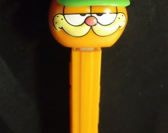 Garfield with Green Visor/ Baseball Cap Pez Dispenser ~ Vintage 1990s Garfield Orange China Stem Collectible Candy Toy