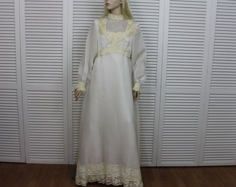 Vintage Wedding Gown Lace 1970s White Size Small Empire Gown Designer