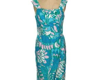 vintage 1950's Hawaiian sarong dress / Paradise Hawaii / cotton / tiki luau tropical vlv / women's vintage dress / size small