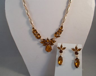 Gold Tone and Amber Crystal Pendant Necklace with Matching Stud Earrings
