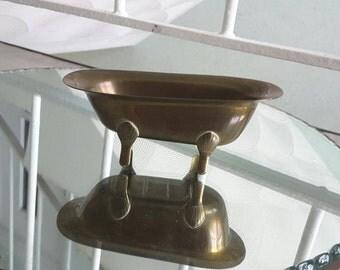 Miniature vintage brass claw foot bathtub/ Retro replica small display prop soap dish / 1940s style / Trinket bowl Jewelry dish
