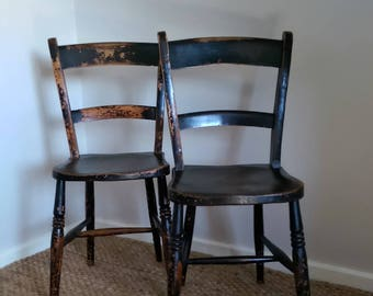 Pair of Antique 19th Century Blade Back Elm Seated Kitchen Chairs