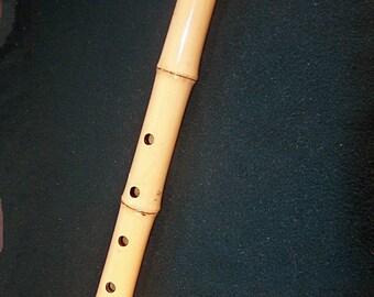 Shakuhachi flute. Madake. Key= E