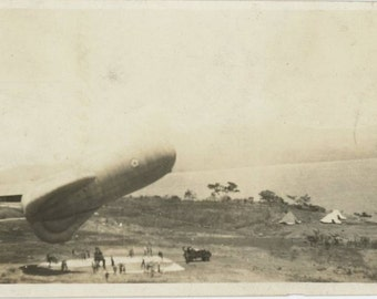 Vintage Snapshot Photo: Blimp, c1930s (611516)