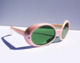1960s Bug Eyes, Pink Round Sunglasses, Kurt Cobain Glasses, Iridescent Snake Skin, Vintage Gift for Her, Mother's Day, Easter, Spring 2017