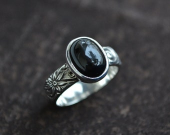 Black Star Diopside Ring, Diopside Ring, Black Gemstone Ring, Black Gemstone, Diopside, Black Star,Floral Band Ring, Gemstone Ring