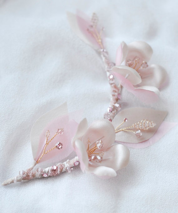 Cherry Blossoms - Hair comb - Silk Flowers - Crystal Flowers - Bridal Haircomb - Vintage style Accessories - Pin Up Hair Flowers
