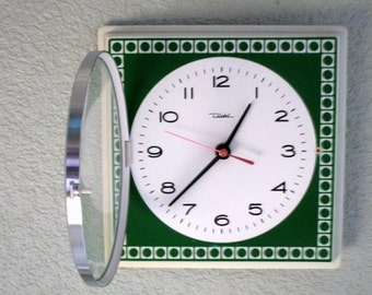 Vintage German 1960s DIEHL Green Metal Wall Clock - New Old Stock - Never Used - Perfect Working Order - Mid Century Decor Chic - RARE FIND