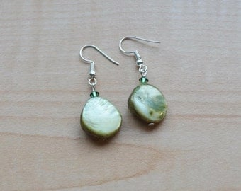 Green Shell Earrings, Women's Beaded Earrings,
