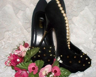 Bedazzle Pumps - Black Velevet and Patent Leather - Size 7 - Gold Metal Heels - Gently Worn - Gold Spikes