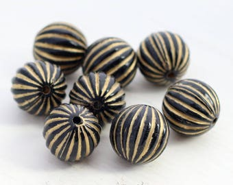 Black and Gold Round Melon Beads - Corrugated Acrylic Beads - 16mm - 8 Beads