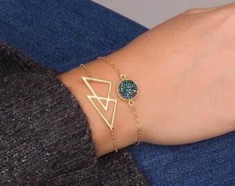 Triangle Bracelet, Geometric Bracelet, Gold Bracelet, Gold Layered Bracelet, Delicate Bracelet, 14k gold filled Bracelet,Bridesmaid Bracelet