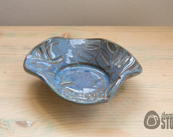 Small Dish - Lustrous Blue Trinket Bowl - Home Decor - Textured Leaf Plate