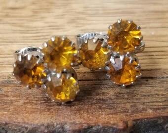 Vintage Small Rhinestone Earrings Orange Amber Colored Rhinestones Clip On Earrings Amber Rhinestone Earings Orange Earrings Triangle V24