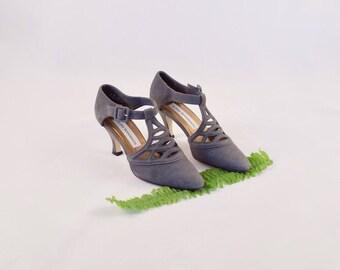 GLORIA VANDERBILT 90s leather pumps / 6 - 36 / pointed toe pumps / tstrap heels / caged heels / minimalist heel / grey heels