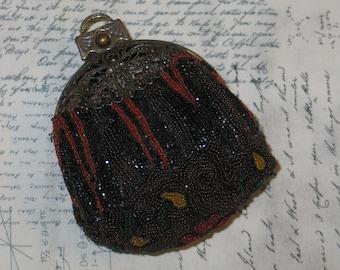 Micro Beaded Purse / ANTIQUE 1920s Micro Bead Bag Purse Handbag-Bronze Filigree Frame-Mirror X-COND / Vintage Handbag
