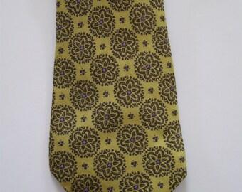 Wide neck tie, 1970s vintage gold retro print, Aristo-Craft