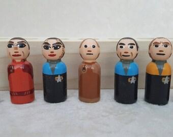 7 piece Deep Space 9 Star Trek peg set